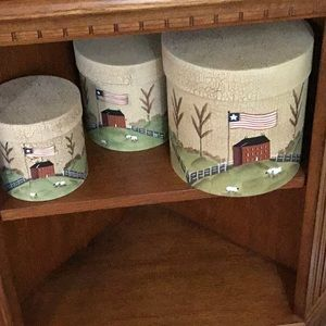 Other - Set of 3 nesting round containers